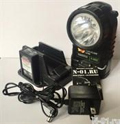 Индивидуальный светодиодный аккумуляторный пожарный фонарь PELICAN 3765 LED с зарядной базой
