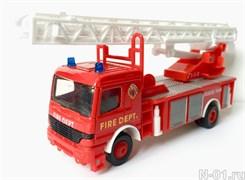 Модель пожарного автомобиля (автолестница)